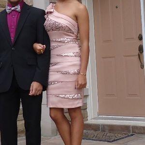 One-shoulder light pink cocktail dress w/ sequins